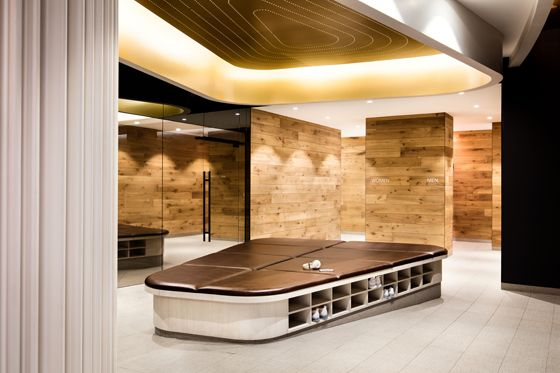 Pumped Gyms That Flex Their Design Muscle Equinox Gym Miracle Mile Equinox
