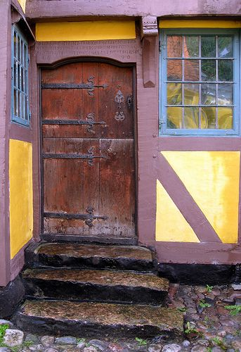This is the door Ærøskøbing´s next oldest house built in 1690.The door is painted once with ox blod and do not need further painting - faster 2007 on flickr