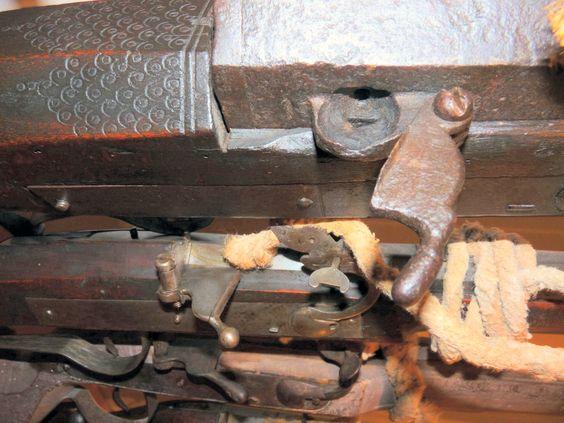 Ethnographic Arms & Armour - A unique bronze barrel wall gun (doppelter Doppelhaken), Nuremberg, ca. 1515-20