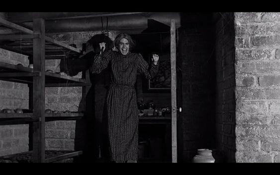 'Psicosis' (Alfred Hitchcock, 1960). La imagen del 'hombre disfrazado de mujer' como asesino o psicópata es un cliché presente en el cine desde hace décadas