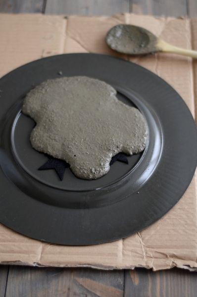zement teller and artikel on pinterest. Black Bedroom Furniture Sets. Home Design Ideas