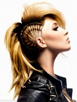 Excellent Girl Mohawk Mohawk Hairstyles And Mohawks On Pinterest Hairstyle Inspiration Daily Dogsangcom