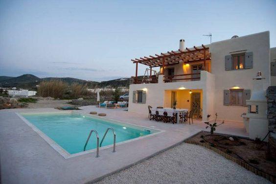 Regardez ce logement incroyable sur Airbnb : Luxury villa Parasporos with pool - Villas à louer à paros