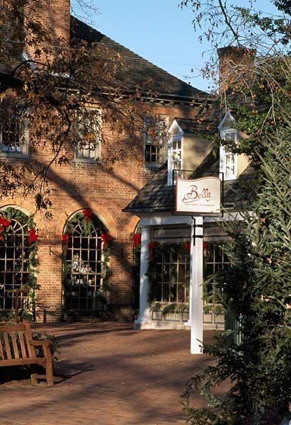 Merchants square williamsburg va travel pinterest for Williamsburg craft house catalog