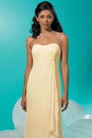Bridesmaid option. Like this one. Simple and pretty with grace look.