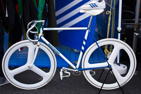 kalavinka-adidas-originals-bike-samba