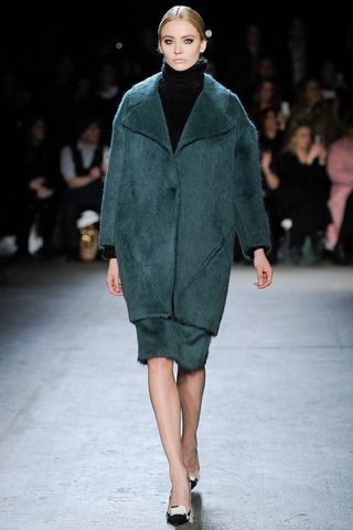 Christian Siriano Fall 2014 Ready-to-Wear Collection Slideshow on Style.com