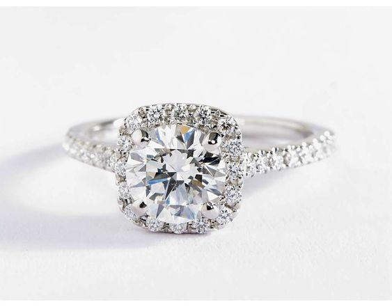 Cushion Halo Diamond Engagement Ring in 14k White Gold (1 ...