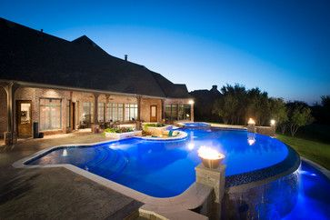 Water Features & Fountains contemporary pool