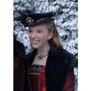 Tudors costumes katherine howard   Katherine Howard