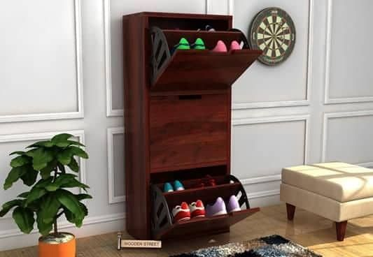 Get A Ferron Shoe Rack In Mahogany Finish This Shoe Rack Provide Some Extra Space To Manage Your Shoes Furniture Design Wooden Wooden Shoe Racks Wooden Street
