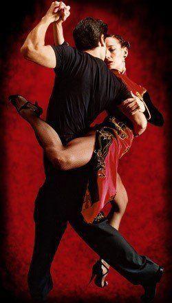 ¿Por qué es bueno bailar tango? Es un baile de improvisación, y esto permite la libre expresión de los sentimientos y emociones. Además, es un baile de abrazo intenso y esto genera la liberación de neurotransmisores y neurohormonas, que favorecen distintas funciones a nivel fisiológico y cerebral. #BailarTango