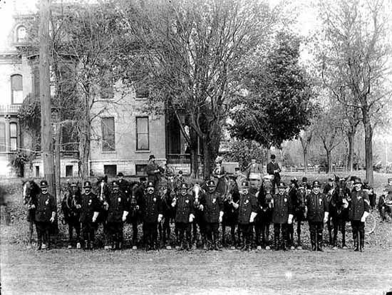 Minneapolis Mounted Police Ca 1900 Minnesota Historical Society Photograph Collection Minnesota Historical Society Old Photos Minneapolis