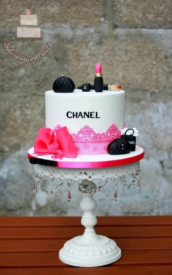 CHANEL  by Sylwia                                                       …