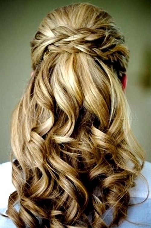 natural half up half down bridal hairstyle