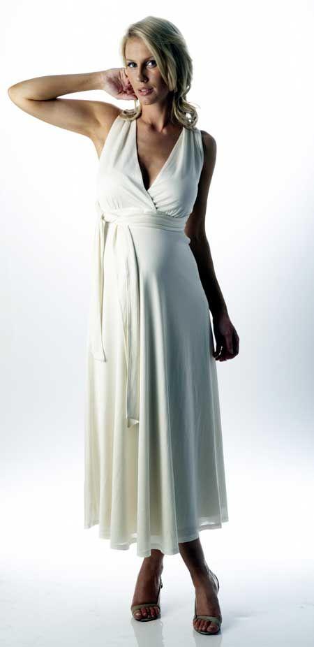 Vestido en satin, casual y elegante... para una novia futura mamá.