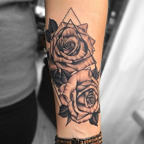 101 Best Rose Tattoo Ideas For Women 2020 Guide In 2020 Forearm Tattoo Women Rose Tattoos For Women Tattoo Designs For Girls