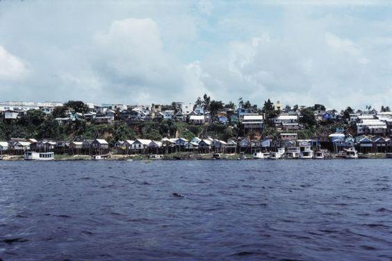 Manaus, Ufer-Siedlung Rio Negro, Dia_298-06695