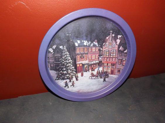 Vintage Christmas Metal Serving Tray by JandDsAtticTreasures, $12.00