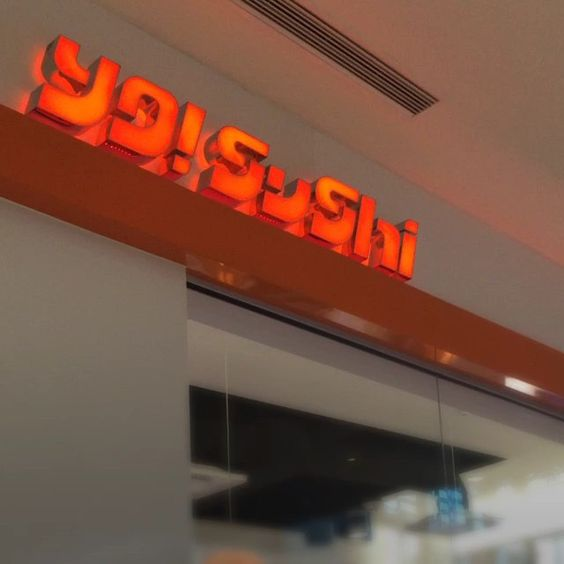 #Fresh #Sushi that travels around a conveyor belt of goodness makes Yo! Sushi in #Sarasota Florida is Worth A Trip! #food #foodie