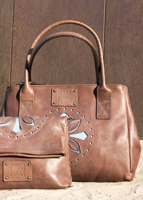 Handtas Nieuwe collectie Prachtige flinke maat handtas, die gebruikt kan worden voor je werk, of als je op stap gaat, en behoorlijk wat mee wilt nemen. Groot