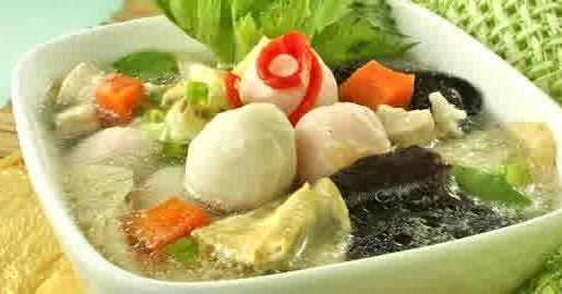 Bakso Seafood Seger Merupakan Kreasi Jenis Bola Daging Yang Lazim Ditemukan Pada Masakan Indonesia Bakso Umumnya D Resep Makanan Resep Masakan Makanan