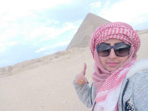 تعرف على رغد المالكي ويكيبيديا سناب انستقرام الصفحة العربية Fashion Square Sunglass Style