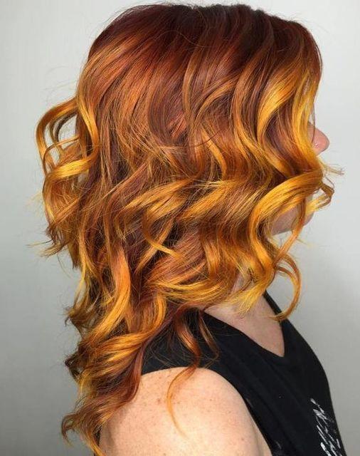 I Capelli Alla Burrobirra Sono Il Nuovo Trend Per Le Appassionate Di Harry Potter Nel 2020 Acconciature Invernali Colore Capelli Castano Ramato Colore Ombre Hair