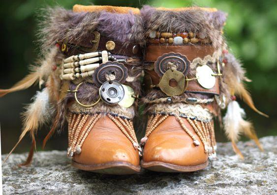 Upcycled personnalisé REWORKED vintage BOHO bottes festival bottes gitane bottines avec ceinture bottes, bottes, bottes de cow-girl Upcycled