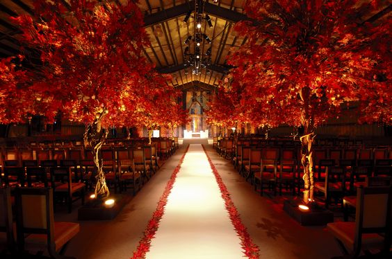 Gold and Red Wedding Themes For Church Ceremony Decoration