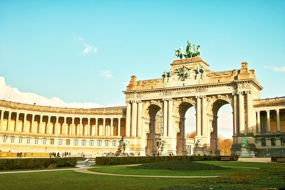 Visit the  park and while there make good use of the opportunity to view one of the most eye-catching monuments in #Brussels which is the  . It represents the independent state of the country and was build since 1880 but finished around the 1905. Plan and book your #hotel at https://www.traveltura.com and enjoy your stay in #Belgium.
