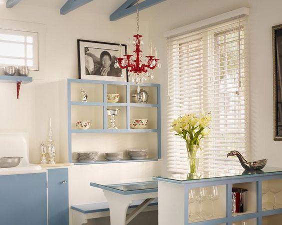 Le Bébé Cottage - adorable vintage kitchen #venicebeach: Kitchen Venicebeach, Beach Cottages, Breakfast Nooks, Bedroom Cottages, Adorable Vintage, Cottage Adorable