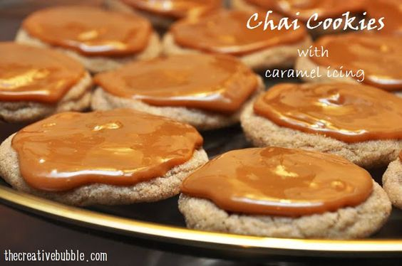 The Creative Bubble: Chai Cookies with Caramel Icing