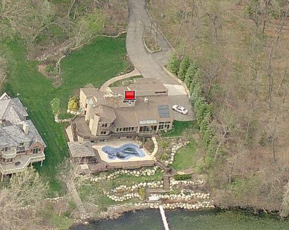 Bob Seger's lakeside home on Orchard Lake, MI