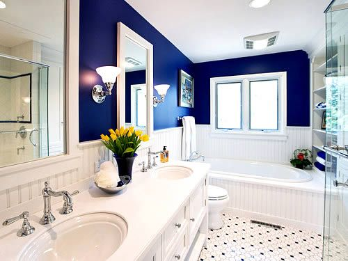 love the white and royal blue. would love subway tiles instead on the walls.