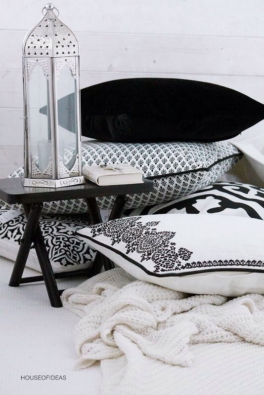 Simple Moroccan Table Eid Al-Fitr Decorations - 953c36f5ff726ae82c766db8b7ebbe03--modern-outdoor-decor-modern-moroccan-decor  Trends_697997 .jpg