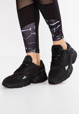 adidas Originals YUNG 96 Sneaker low core blackcarbon