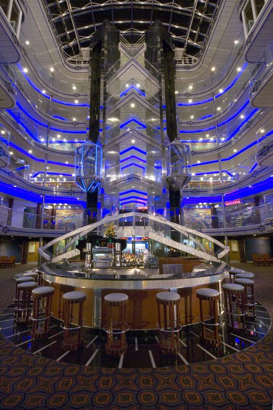 Pictures Cruise Ships Carvinal Fantancy