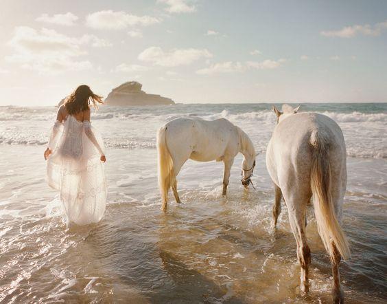 sommar älskande: amanda wellsh av Tom Craig för redigeringen av Net-a-porter 9…