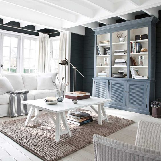 Best Stunning Living Room In Charcoal Grey And Polar White 400 x 300