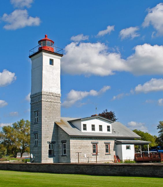 The Ogdensburg Lighthouse was built in 1870