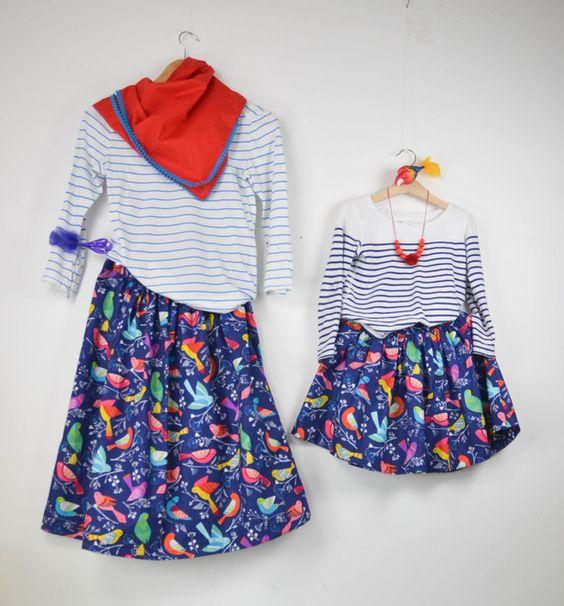**Achtung: vorweg...der Preis gilt nicht für beide Röcke, sondern wie unten angegeben... **  Mutter und Tochter im Partnerlook...  Den Vogelrock gibt es für klein (Gr 98 - 128) und groß (Gr...