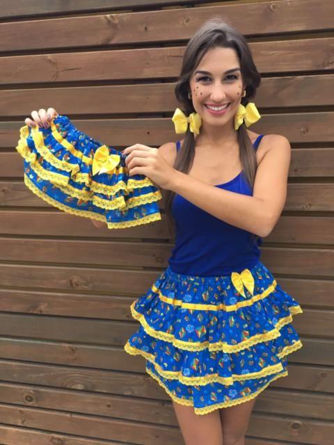 Conheça os melhores  looks com saia de Festa Junina Moderna