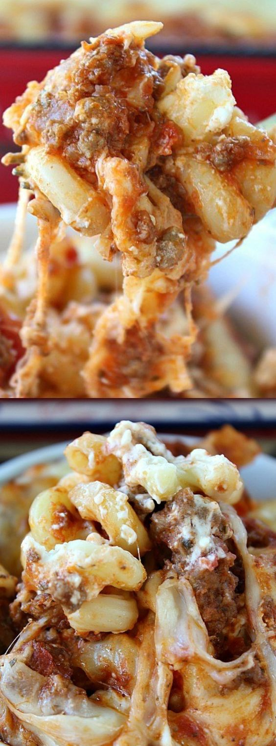 Million Dollar Pasta Bake - this is the comfort food I need in my life!