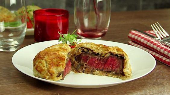 Bœuf Wellington Ce plat est digne d'une cuisine 5 étoiles. Vous voudrez aussi l'essayer !