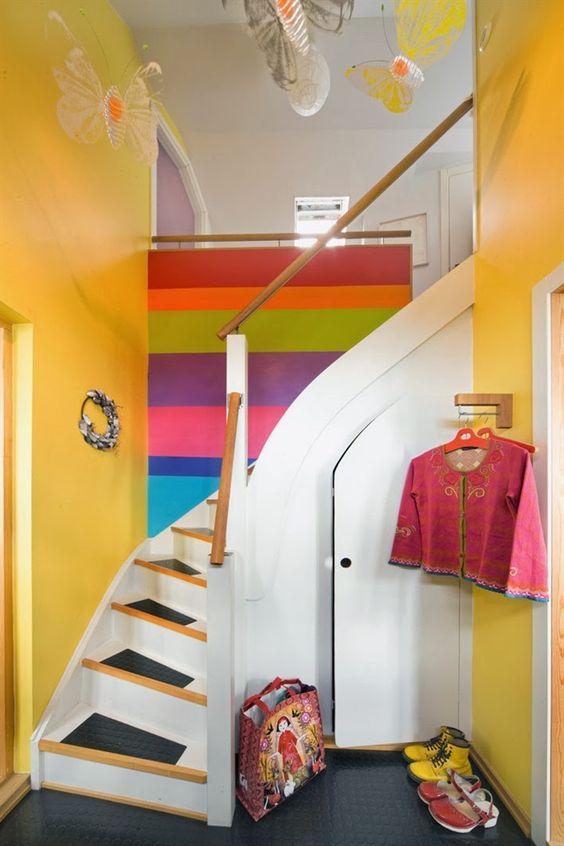 Home Tour: um lar multicolorido na Suécia