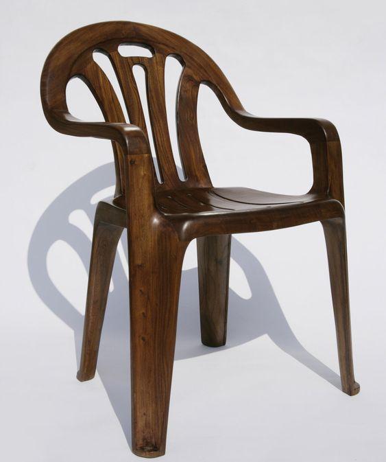 """""""Plastic Chair in Wood"""" by Maarten Baas"""