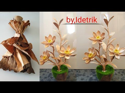 Cara Membuat Bunga Dari Daun Pisang Kering Flowers From Banana Leaves Youtube Di 2021 Seni Daun Bunga Daun