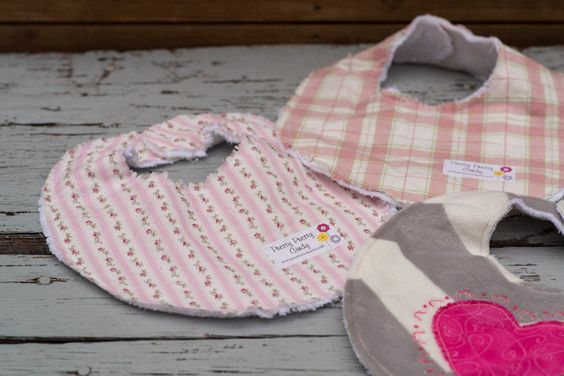 Set of 3 Baby Girl Bibs Pink Hearts Flowers Plaid by PrettyPrettyCindy on Etsy