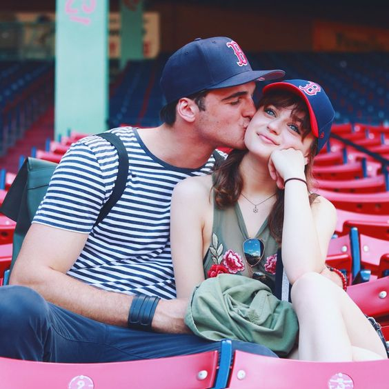 Joey King e Jacob Elordi reencenaram a 7ª regra de A Barraca do Beijo
